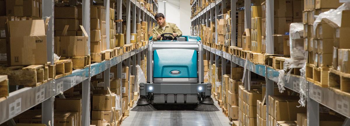 macchine professionali per la pulizia nel settore logistica