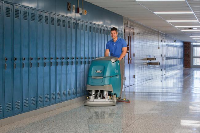 Lavapavimenti T500 pulizia scuola